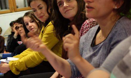 Inter-crèches en chaussettes – Apprends-moi à faire tout seul : la pédagogie Montessori – 7 juin 2018