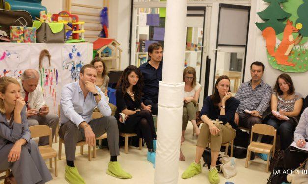 Inter-crèches en chaussettes : Les écrans – quelle place dans le développement de l'enfant ? 18 octobre 2018